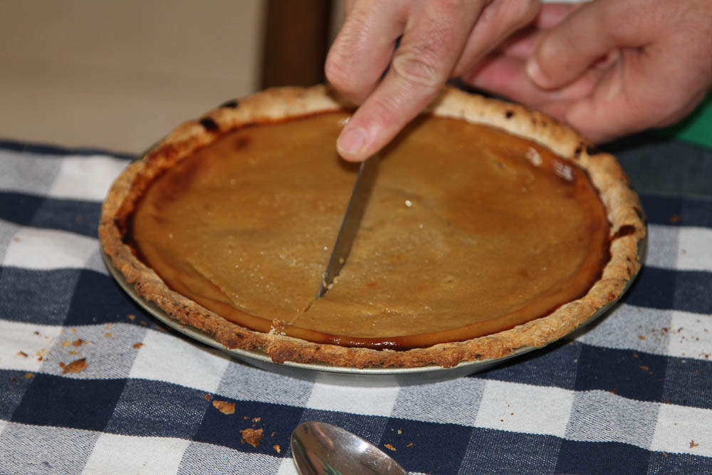 Can't have Thanksgiving without Pumpkin (mishti khumra) pie!