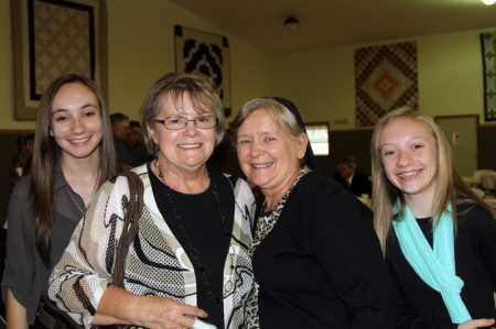 Alice, Janet and her granddaughters!