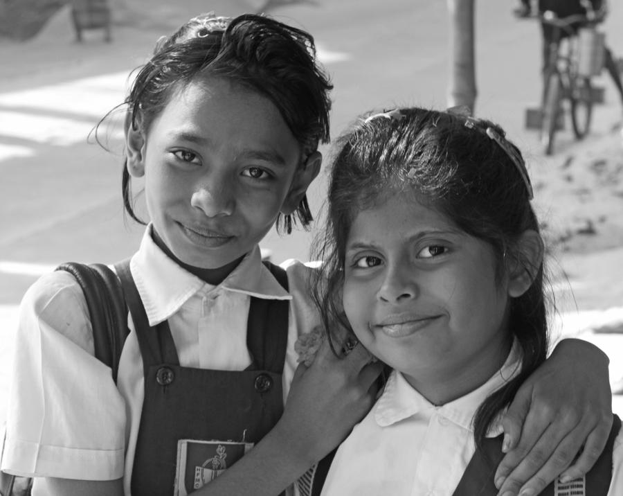 marlandphotos-blog-schoolgirls-portrait-iqbal-Road