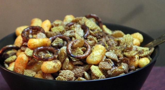marlandphotos-blog-food-partymix-Christmas