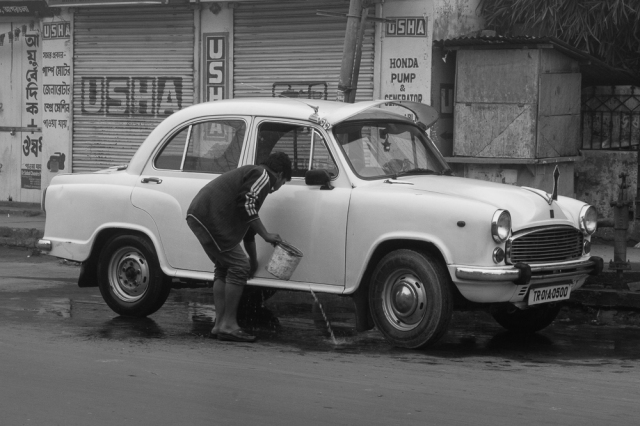 marlandphotos-blog-India-Tripura, Agartala-Street-Photography-car