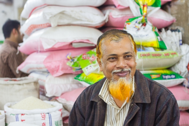 marlandphotos-market-rice-seller-dhaka-bangladesh-StreetPhotography-portrait-blog