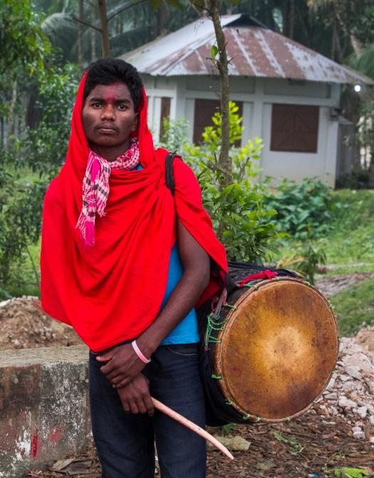 marlandphotos-blog-photography-musician-red-drummer-SriMongol