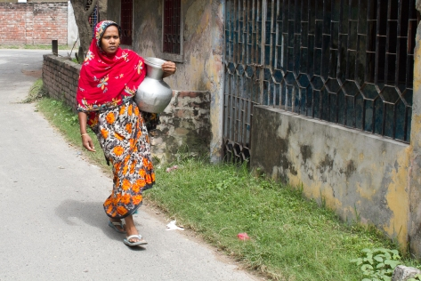 marlandphotos-blog-photography-well-woman-water-jug